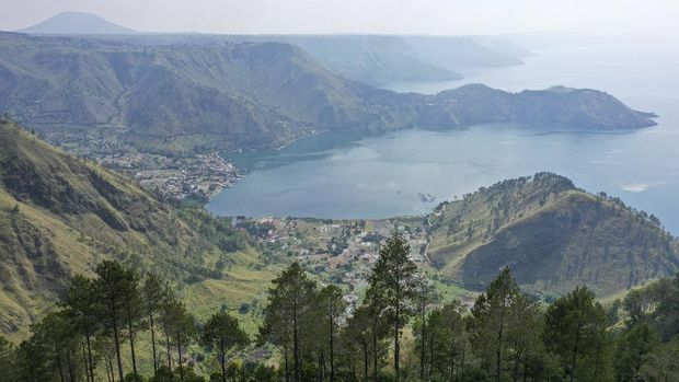 danau-toba-menuju-destinasi-pariwisata-super-prioritas_169 5 направлений, которые стоит рассмотреть для одиночного путешествия